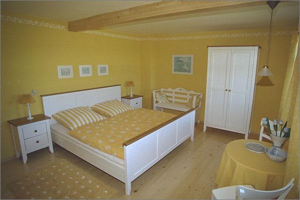 Schlafzimmer gelb weis ~ Ihr Traumhaus Ideen